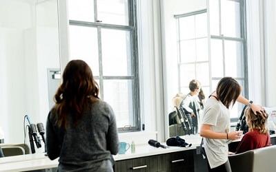 洗練された雰囲気の美容室